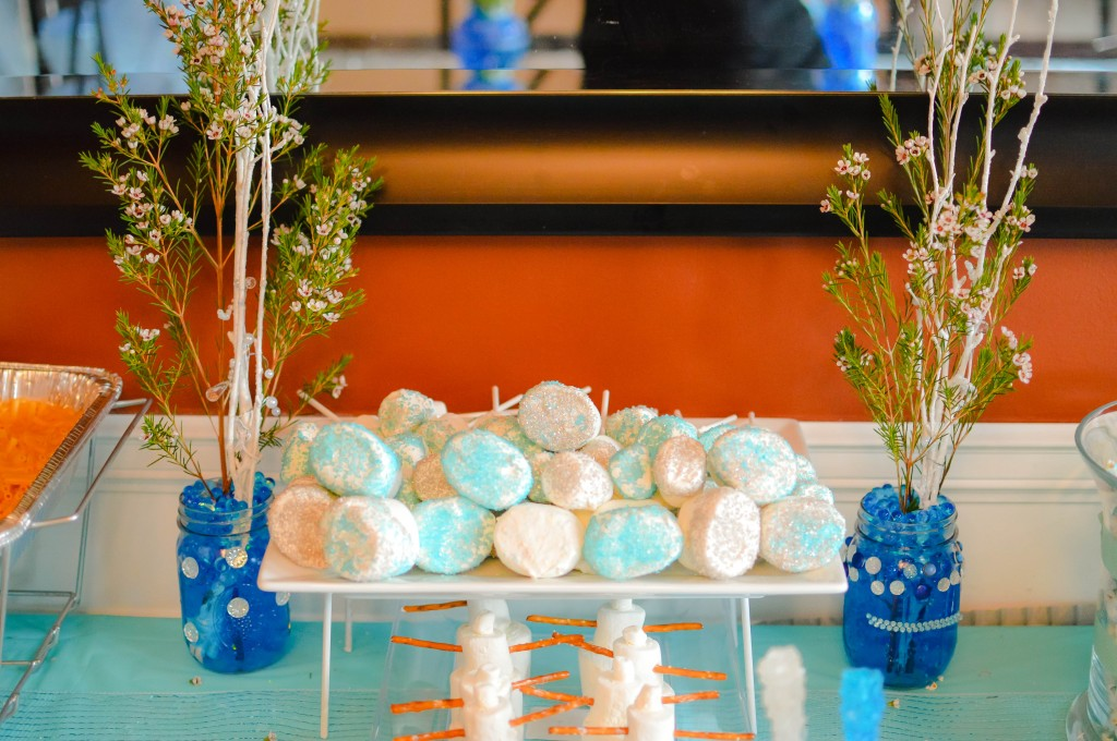 Abby's 5th Birthday Party #Frozen via @NewDayNewDeals #AbbyTrends http://www.newdaynewdeals.com/2014/03/abbys-frozen-birthday-party/