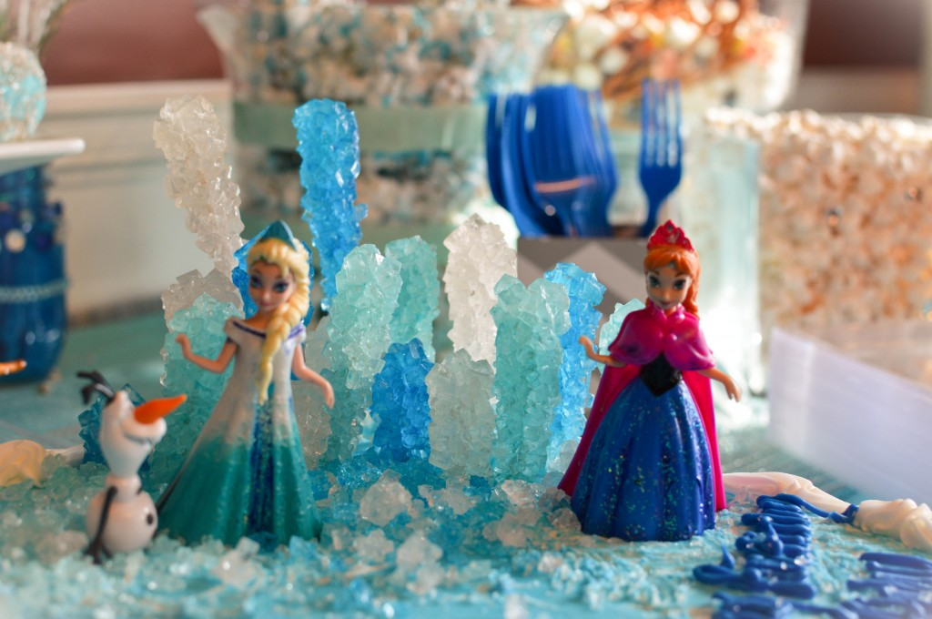 Abby's 5th Birthday Party #Frozen #Disney hosted by @NewDayNewDeals #AbbyTrends http://www.newdaynewdeals.com/2014/03/abbys-frozen-birthday-party/